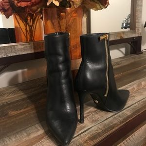 Size 6 Michael Kors booties